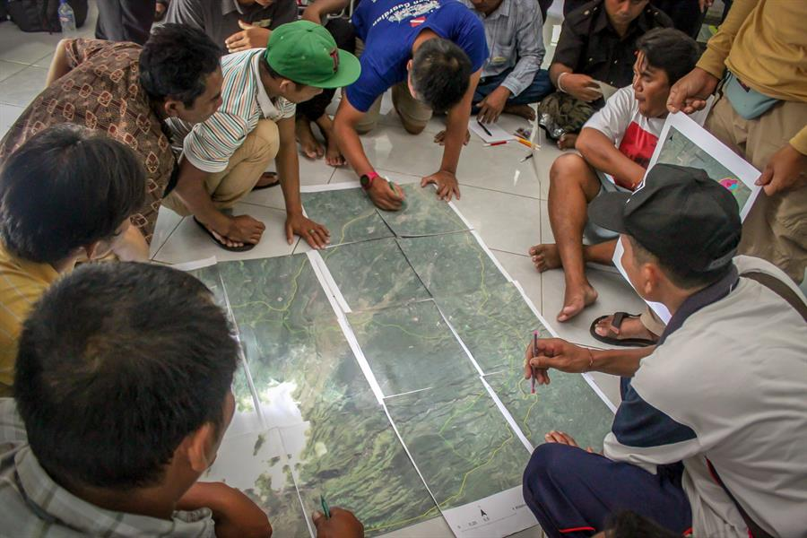 Villagers mapping Karangasem in Indonesia