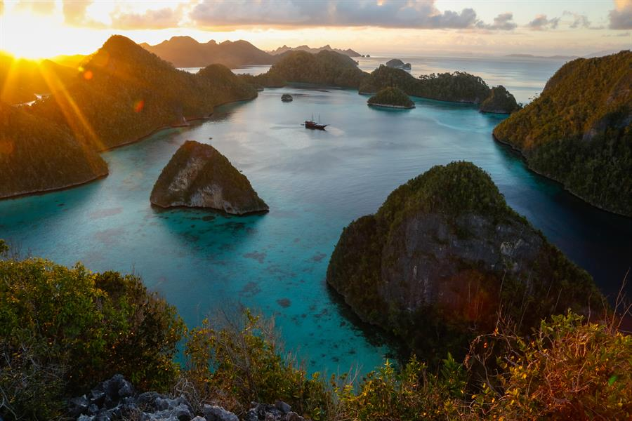 Beautiful view of Wayag Lagoon from the peak of one of the many islands in Bird's Head